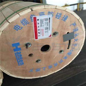 Поставщик кабеля коаксиального фидера низкого уровня 7 / 8 RF